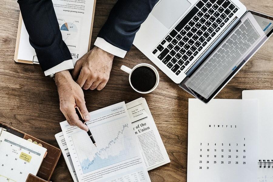 Analiza rynku i konkurencji - kim jest klient docelowy - praktycznyblog.pl